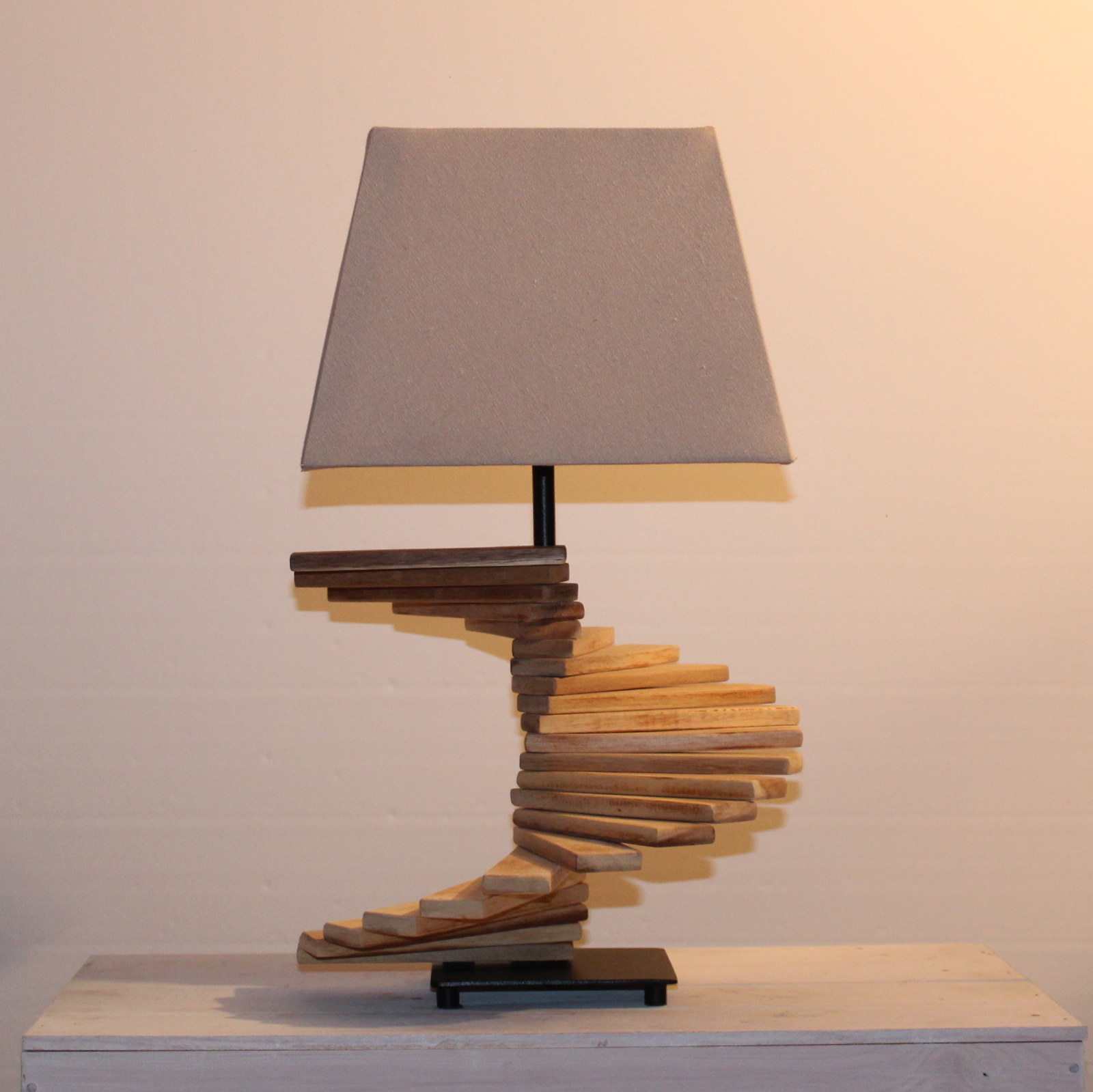 Lampe in Treppenstyle.