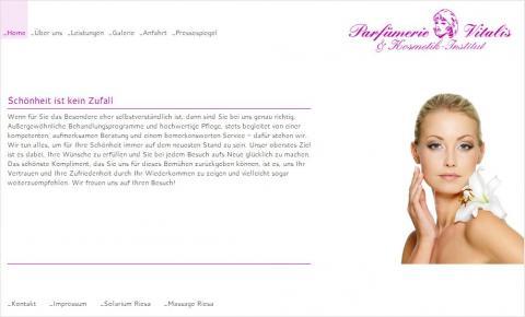 Eine professionelle Kosmetikbehandlung: Parfümerie Vitalis & Kosmetik-Institut in Riesa und Münchritz in Riesa